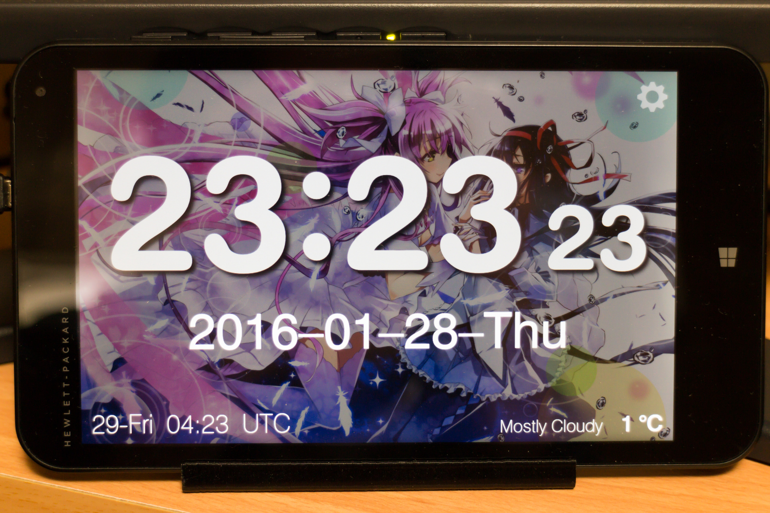 Tablet desk clock